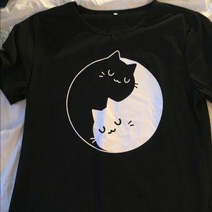 Tops - Yin & Yang Cat tee
